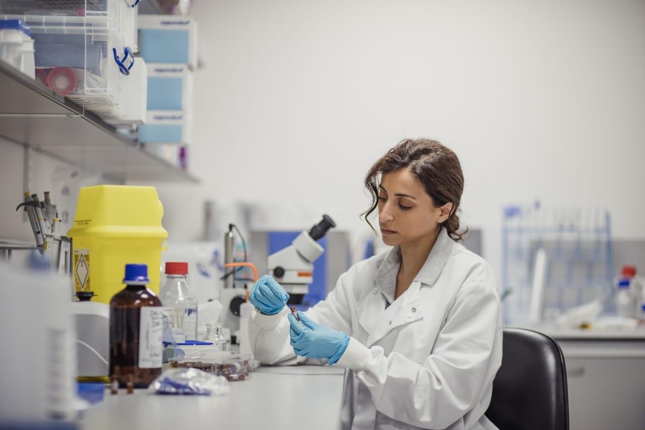 Woman scientist in lab